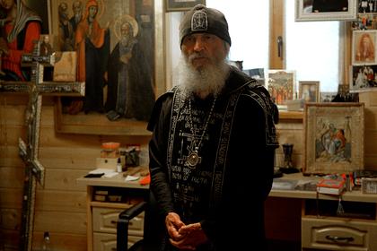 Опальный священник ответил обвинившему его во лжи митрополиту
