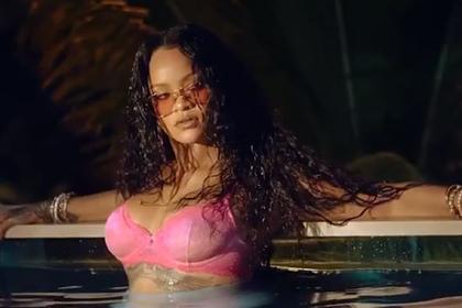 Рианна снялась в полупрозрачном нижнем белье в рекламе собственного бренда