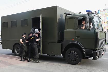 Белорусам пояснили причины жестких задержаний на акциях протеста