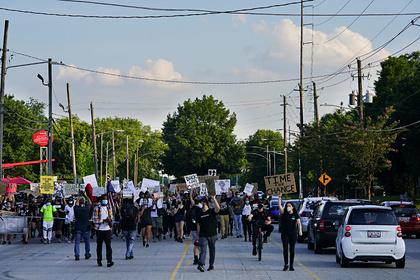 В американском городе объявили режим ЧП из-за беспорядков