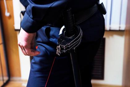 Российских полицейских задержали за истязания подростка во время допроса