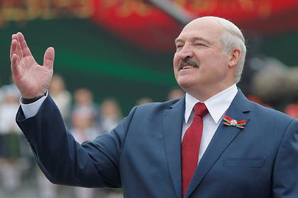 Лукашенко призвал Белоруссию перейти за пятилетку на электромобили