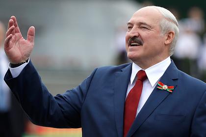 Лукашенко предупредил белорусов об угрозе погружения в пучину унижений