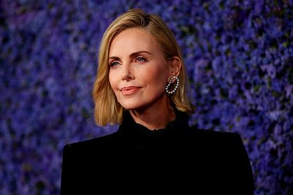 Роль 44-летней Шарлиз Терон отдали молодой актрисе