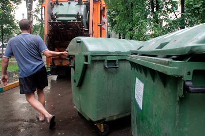 В Сахалинской области установят более тысячи мусорных евроконтейнеров