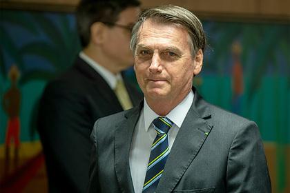 Отрицавший коронавирус президент Бразилии заразился коронавирусом