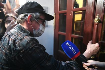 Раскрыто занятие Ефремова под домашним арестом