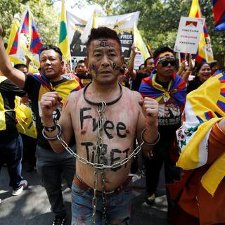Тибетские активисты на протесте против Китая в индийском Дели