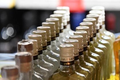 Объяснена опасность употребления алкоголя в жару