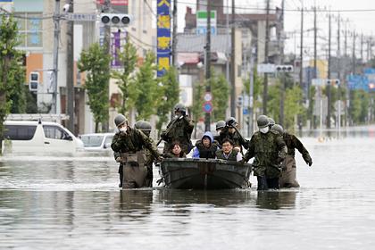 Больше 50 человек погибли из-за наводнения в Японии