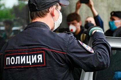 Майора российской полиции заподозрили в убийстве подполковника из-за цветов