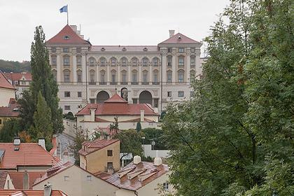 Чехия отказалась комментировать обвинения против советника главы «Роскосмоса»