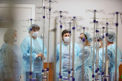 Эпидемиолог назвал неизбежной вторую волну коронавируса в России