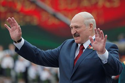 Белорусская оппозиция потребовала снять Лукашенко с выборов