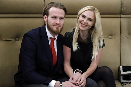 Хоккеист Телегин утаил при разводе с Пелагеей квартиру за 30 миллионов рублей