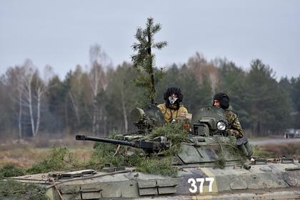 Во Франции высмеяли заявления Киева о подготовке Россией вторжения