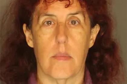 Спрятавшая труп своей бабушки ради пенсии американка пошла под суд