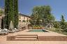 """Отель-винодельня <a href=""""http://landezine-award.com/landscape-architecture-for-terra-dominicata-hotel-winery/"""" target=""""_blank"""">Terra Dominicata</a> в испанском природном парке Монтсант взяла награду в сфере гостеприимства. Объект строили с максимальной осторожностью, чтобы не навредить окружающей среде, а также использовали местные материалы в сочетании с современными технологиями."""