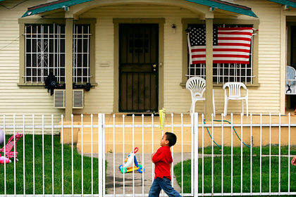 Американцы испугались остаться без жилья из-за кризиса
