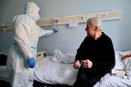 Число случаев заражения коронавирусом в России превысило 713 тысяч