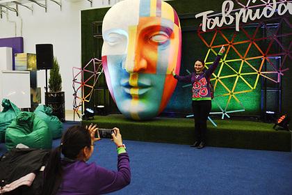 Путин назвал «Тавриду» творческой мастерской для одаренной молодежи