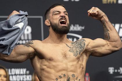 UFC поставил ультиматум нокаутировавшему пожилого человека бойцу