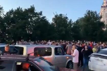 Россияне устроили митинги в поддержку арестованного губернатора Фургала