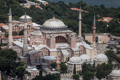 В РПЦ оценили превращение собора Святой Софии в мечеть