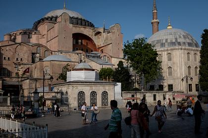 В России отреагировали на превращение собора Святой Софии в мечеть