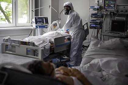 Власти предсказали снижение смертности россиян с коронавирусом