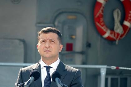 В Раде призвали Зеленского извиниться и уйти с поста президента