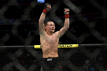 Россиянин Петр Ян завоевал пояс чемпиона UFC