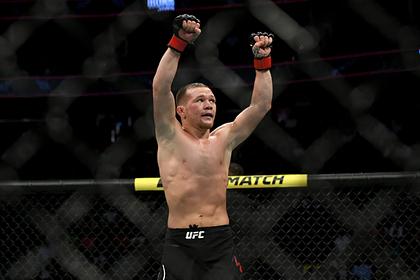 Появилось видео победы Петра Яна в чемпионском бою UFC