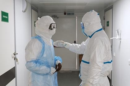 ВОЗ зафиксировала рекордное число заразившихся коронавирусом в мире