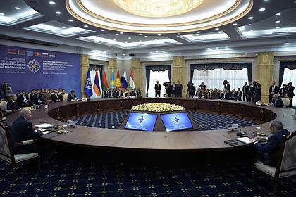 ОДКБ проведет экстренное заседание из-за боев на границе Армении и Азербайджана