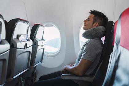 Раскрыты секреты хорошего сна на борту самолета