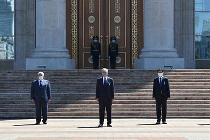 В Казахстане провели минуту молчания в память о жертвах коронавируса