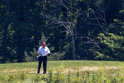 Трамп пожаловался на внимание журналистов к его игре в гольф