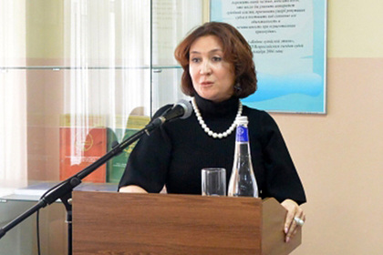 «Золотую судью» Елену Хахалеву досрочно лишили полномочий