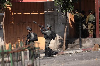 Израиль отложил аннексию палестинских территорий из-за коронавируса