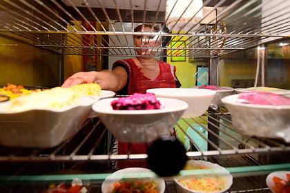 Российским школьникам рассказали о правильном завтраке перед ЕГЭ