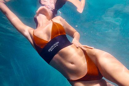 Самая красивая женщина в мире снялась в бикини под водой для рекламы бренда