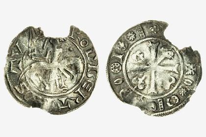 Редчайшая средневековая монета обогатила кладоискателя-любителя