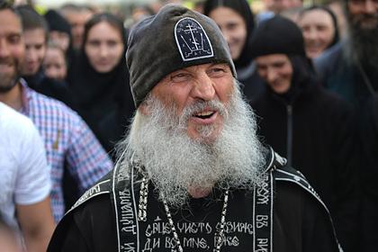 Опальный священник вспомнил о зоне в ответ на обвинение в насилии