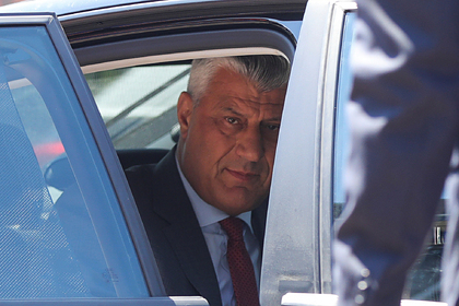 Обвиненный в сотне убийств президент Косова прибыл в Гаагу на допрос