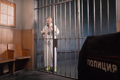 Собчак использовала видео своего задержания для рекламы