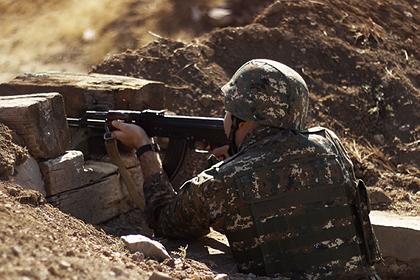 Азербайджан обвинил Армению в обстреле мирных жителей