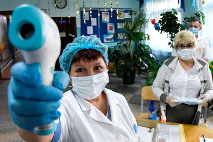 В России оценили меры по профилактике COVID-19 на ЕГЭ