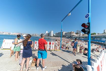 В Испании ввели штрафы за посещение пляжей без масок