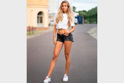 Самую сексуальную атлетку мира назвали мотиватором после фото в коротких шортах